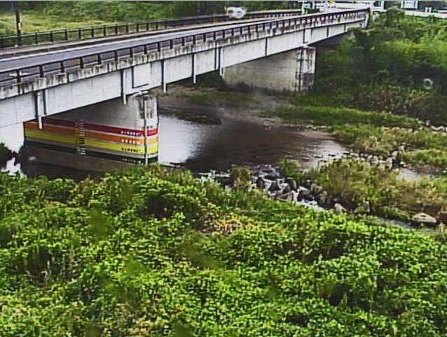日野川安吉橋ライブカメラは、滋賀県近江八幡市倉橋部町の安吉橋に設置された日野川が見えるライブカメラです。