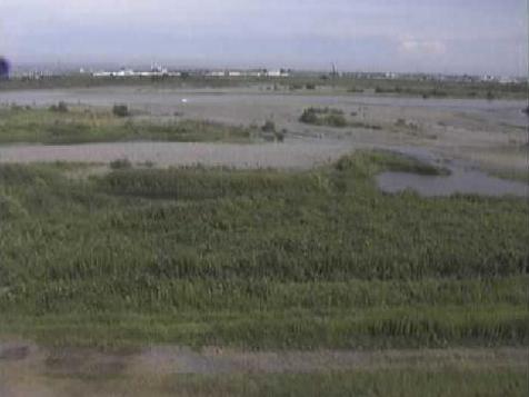 天竜川新貝地区ライブカメラは、静岡県浜松市南区の新貝地区に設置された天竜川が見えるライブカメラです。