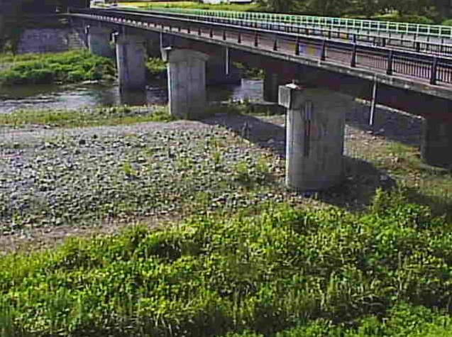 安曇川船橋ライブカメラは、滋賀県高島市朽木の船橋に設置された安曇川が見えるライブカメラです。