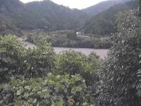 天竜川気田川合流点ライブカメラは、静岡県浜松市天竜区の気田川合流点に設置された天竜川が見えるライブカメラです。