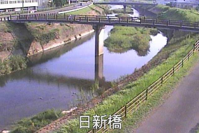 加世田川日新橋ライブカメラは、鹿児島県南さつま市加世田の日新橋に設置された加世田川が見えるライブカメラです。
