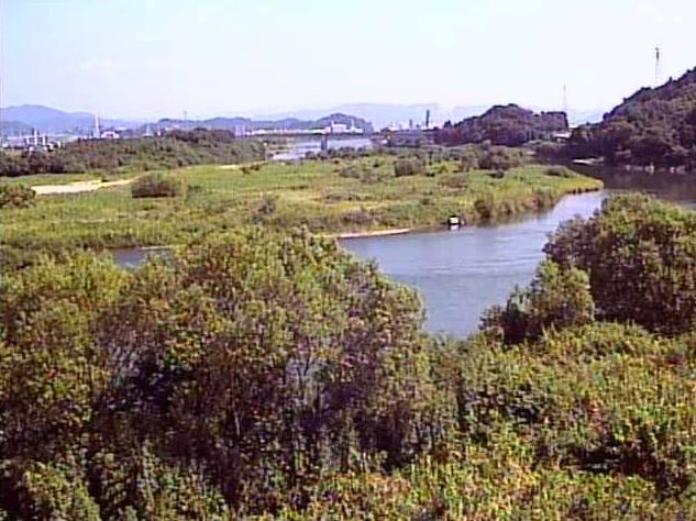 大瀬川三須樋管ライブカメラは、宮崎県延岡市三須町の三須樋管に設置された大瀬川が見えるライブカメラです。
