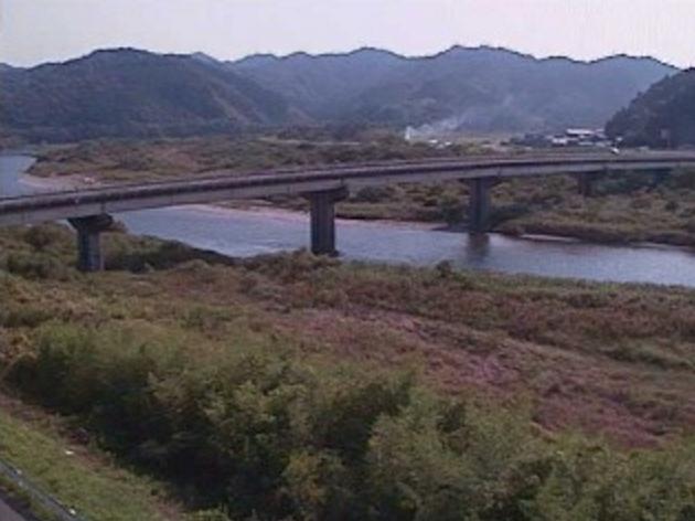 北川家田ライブカメラは、宮崎県延岡市北川町の家田に設置された北川が見えるライブカメラです。