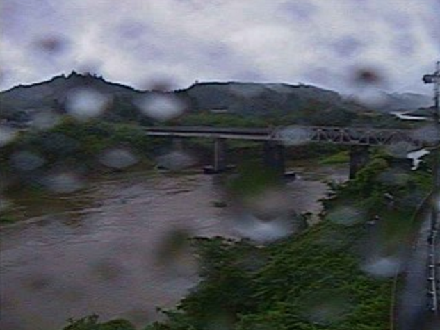 耳川東郷橋ライブカメラは、宮崎県日向市東郷町の東郷橋に設置された耳川が見えるライブカメラです。