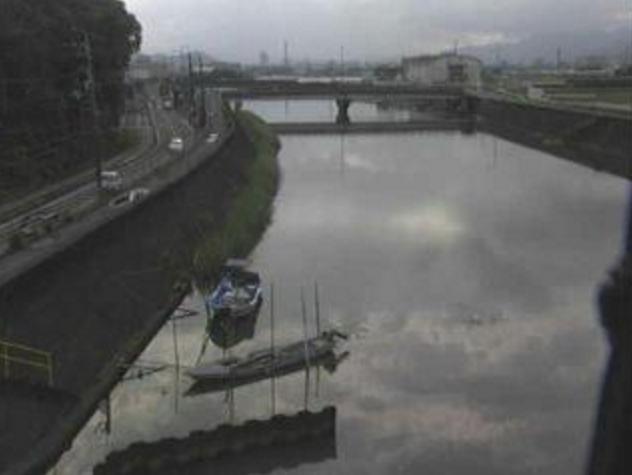 舟入川鹿児排水機場ライブカメラは、高知県高知市大津乙の鹿児排水機場(鹿児川排水機場)に設置された舟入川が見えるライブカメラです。