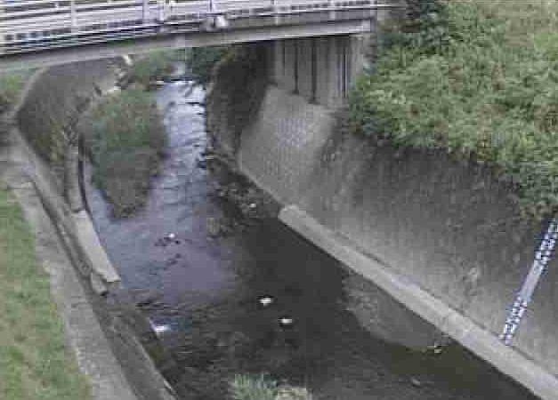 坪井川鶴羽田橋ライブカメラは、熊本県熊本市北区鶴羽田町の鶴羽田橋(熊本北部浄化センター付近)に設置された坪井川が見えるライブカメラです。