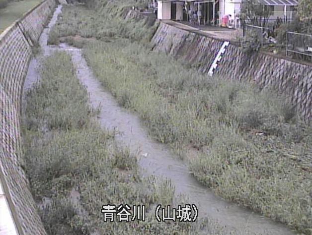 青谷川山城ライブカメラは、京都府井手町多賀の山城に設置された青谷川が見えるライブカメラです。