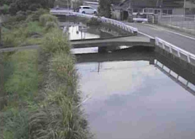 潤川三拾町ライブカメラは、熊本県宇土市の三拾町(九谷橋下流)に設置された潤川が見えるライブカメラです。