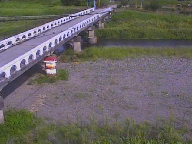 姉川大井橋ライブカメラは、滋賀県長浜市大井町の大井橋に設置された姉川が見えるライブカメラです。