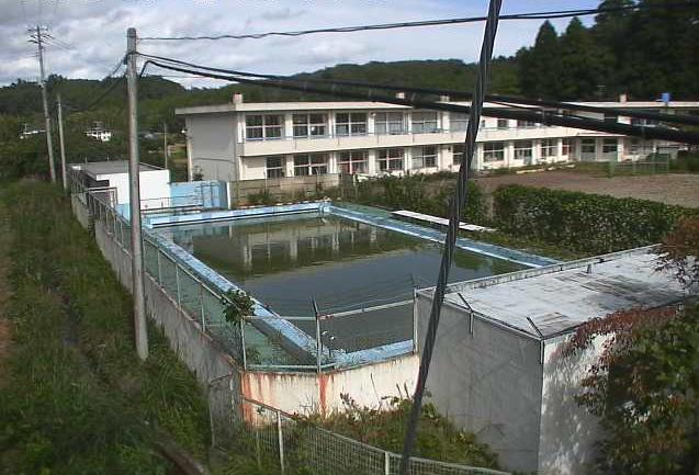 楢葉北小学校ライブカメラは、福島県楢葉町井出の楢葉北小学校(楢葉町立楢葉北小学校)に設置されたプール・グラウンドが見えるライブカメラです。