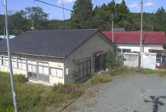 室原消防屯所付近ライブカメラは、福島県浪江町室原の室原消防屯所付近に設置された消防屯所付近が見えるライブカメラです。更新はリアルタイムで、独自配信による動画(生中継)のライブ映像配信です。双葉広域市町村圏組合による配信です。