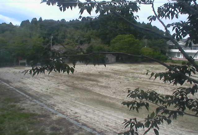 幾世橋小学校ライブカメラは、福島県浪江町北幾世橋の幾世橋小学校(浪江町立幾世橋小学校)に設置された校舎・グラウンドが見えるライブカメラです。