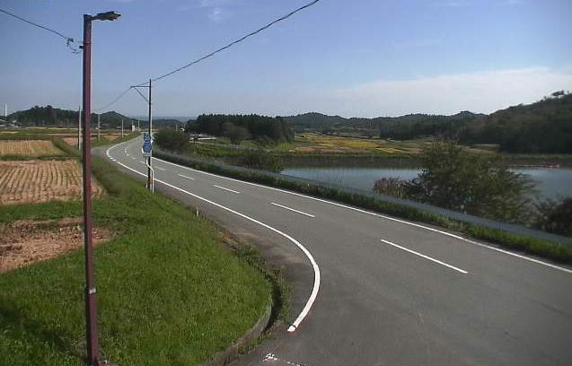 西の沢ため池ライブカメラは、福島県広野町折木の西の沢に設置されたため池・福島県道35号いわき浪江線が見えるライブカメラです。