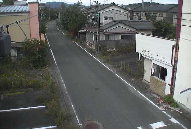 ブックスアトム交差点ライブカメラは、福島県大熊町下野上のブックスアトム交差点に設置された福島県道252号夫沢大野停車場線が見えるライブカメラです。
