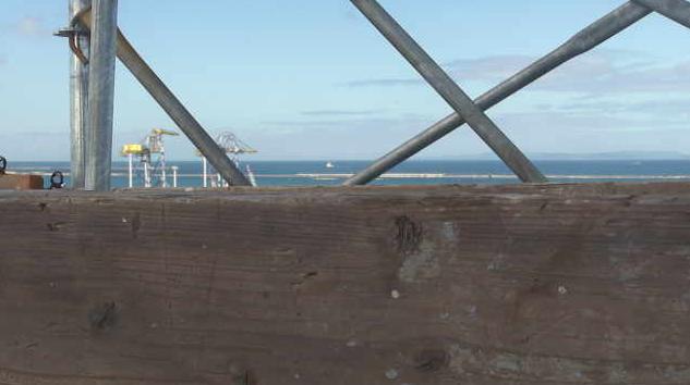第十一管区海上保安本部庁舎ライブカメラは、沖縄県那覇市港町の第十一管区海上保安本部庁舎に設置された那覇港・新港ふ頭が見えるライブカメラです。