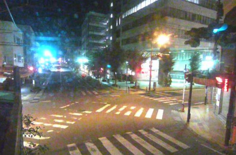 ICTいなっせ前交差点ライブカメラは、長野県伊那市荒井のいなっせ前交差点に設置された伊那市駅前交差点・長野県道146号南箕輪沢渡線・長野県道208号伊那市停車場線が見えるライブカメラです。