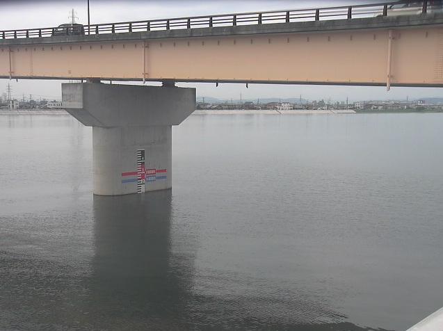 旭川江並ライブカメラは、岡山県岡山市中区の江並に設置された旭川が見えるライブカメラです。