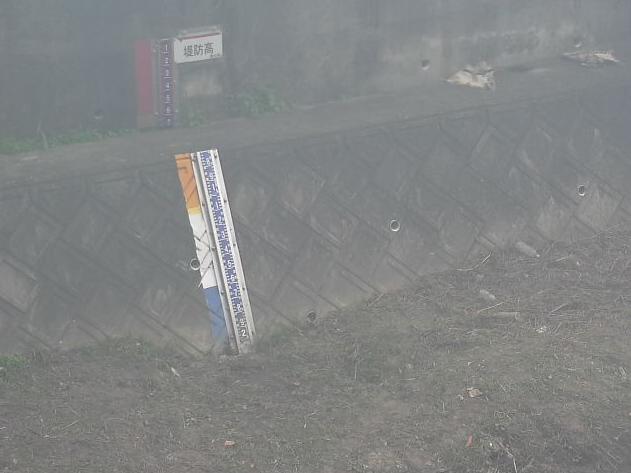 須賀川蕨橋ライブカメラは、愛知県東浦町藤江の蕨橋に設置された須賀川が見えるライブカメラです。