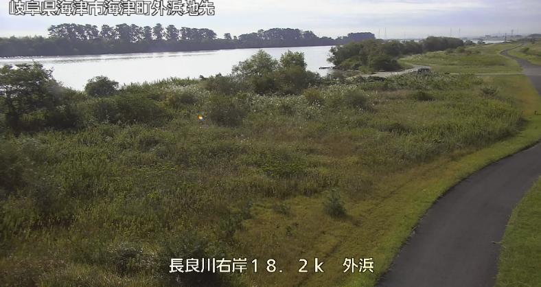 長良川外浜ライブカメラは、岐阜県海津市海津町の外浜に設置された長良川が見えるライブカメラです。