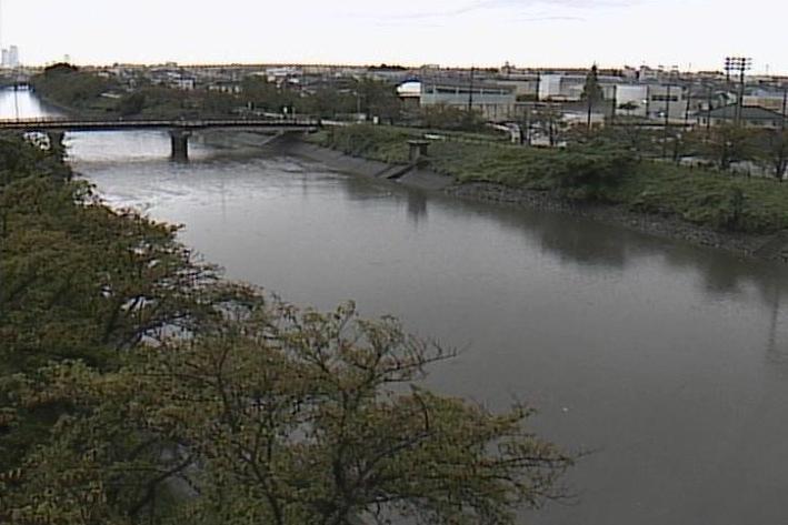 五条川春日ライブカメラは、愛知県清須市春日の春日に設置された五条川が見えるライブカメラです。