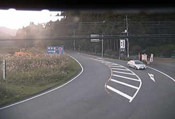 国道18号坂本ダム下ライブカメラは、群馬県安中市松井田町の坂本ダム下に設置された国道18号(中山道)が見えるライブカメラです。