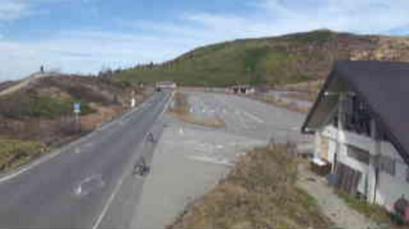国道292号草津白根レストハウスライブカメラは、群馬県草津町草津の草津白根レストハウスに設置された国道292号が見えるライブカメラです。