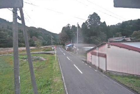 鳥取県道21号鳥取鹿野倉吉線佐谷峠ライブカメラは、鳥取県三朝町俵原の佐谷峠に設置された鳥取県道21号鳥取鹿野倉吉線が見えるライブカメラです。