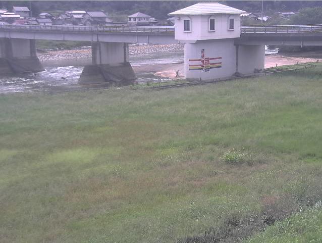 小田川八高堰ライブカメラは、岡山県倉敷市真備町の八高堰に設置された小田川が見えるライブカメラです。