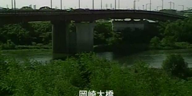 KATCH矢作川岡崎大橋ライブカメラは、愛知県岡崎市大門の岡崎大橋に設置された矢作川が見えるライブカメラです。
