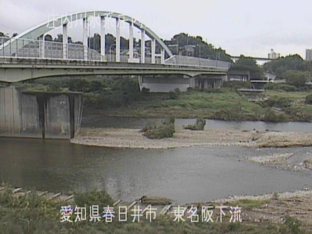 庄内川東名阪下流ライブカメラは、愛知県春日井市松河戸町の東名阪下流に設置された庄内川が見えるライブカメラです。