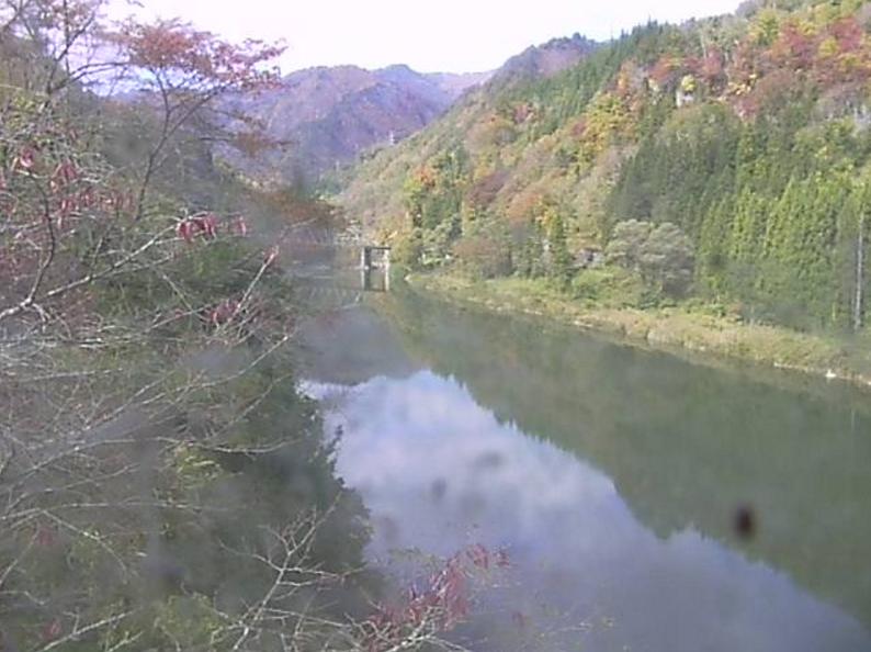 国道252号水沼橋第2ライブカメラは、福島県金山町水沼の水沼橋に設置された国道252号(沼田街道)が見えるライブカメラです。