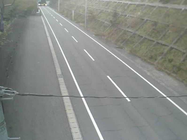 福島県道6号郡山湖南線三森トンネルライブカメラは、福島県郡山市逢瀬町の三森トンネルに設置された福島県道6号郡山湖南線が見えるライブカメラです。