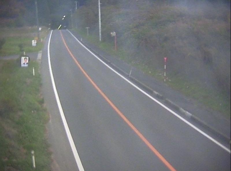 国道349号大越町栗出第1ライブカメラは、福島県田村市の大越町栗出に設置された国道349号(磐城街道)が見えるライブカメラです。