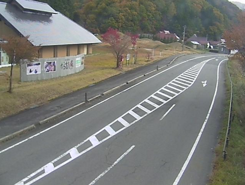 国道400号道の駅からむし織の里しょうわ第2ライブカメラは、福島県昭和村佐倉の道の駅からむし織の里しょうわに設置された国道400号が見えるライブカメラです。