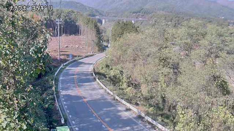 CEK飯島町与田切ライブカメラは、長野県飯島町七久保の与田切橋~柏木交差点間に設置された伊那中部広域農道が見えるライブカメラです。