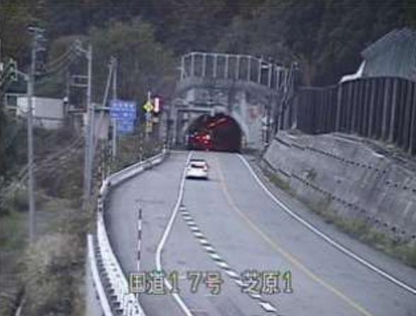 国道7号芝原ライブカメラは、新潟県湯沢町神立芝原の芝原に設置された国道7号(三国街道)が見えるライブカメラです。
