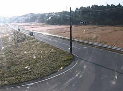 福島県道120号浪江鹿島線鶴谷交差点ライブカメラは、福島県南相馬市原町区の鶴谷交差点に設置された福島県道120号浪江鹿島線(陸前浜街道)が見えるライブカメラです。