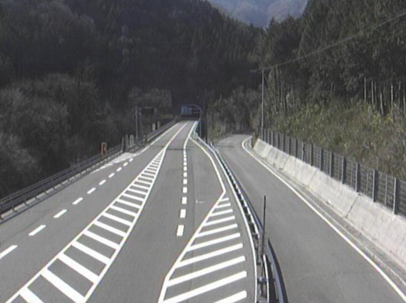 国道194号新寒風山トンネルライブカメラ(高知県いの町桑瀬)