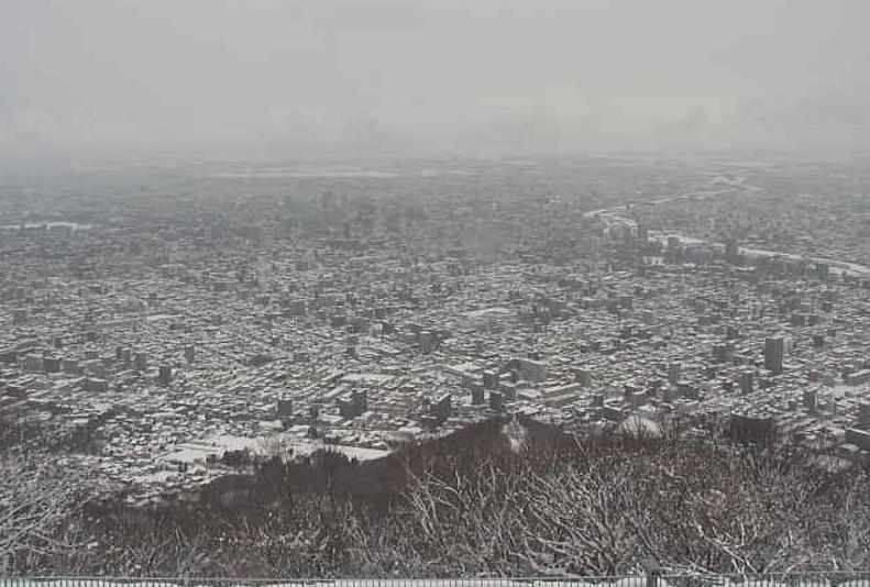 藻岩山展望台ライブカメラ(北海道札幌市南区)
