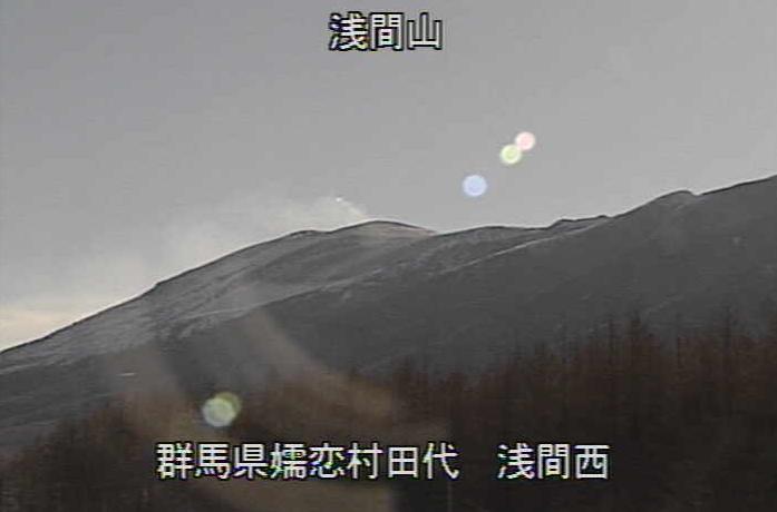 浅間山北西方向約8km地点から浅間山西側
