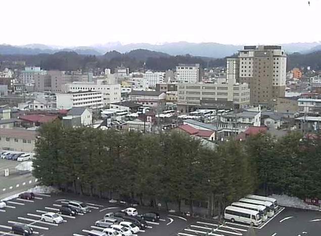 高山グリーンホテルから飛騨高山・高山市内・笠ヶ岳・乗鞍岳・さくらの足湯