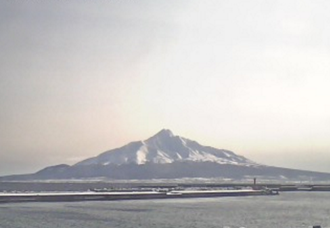 礼文町役場から利尻富士