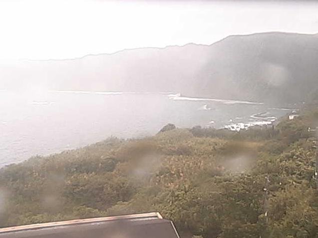 八丈島灯台ライブカメラは、東京都八丈町末吉の八丈島灯台に設置された太平洋が見えるライブカメラです。