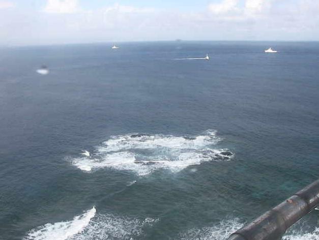 与那国島西埼灯台ライブカメラは、沖縄県与那国町与那国の与那国島西埼灯台に設置された久部良港西先防波堤灯台・岩礁(トゥイシ)・台湾が見えるライブカメラです。
