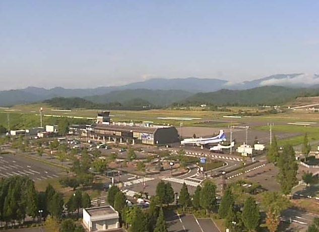 但馬空港ライブカメラは、兵庫県豊岡市岩井の但馬空港に設置された空港全体が見えるライブカメラです。