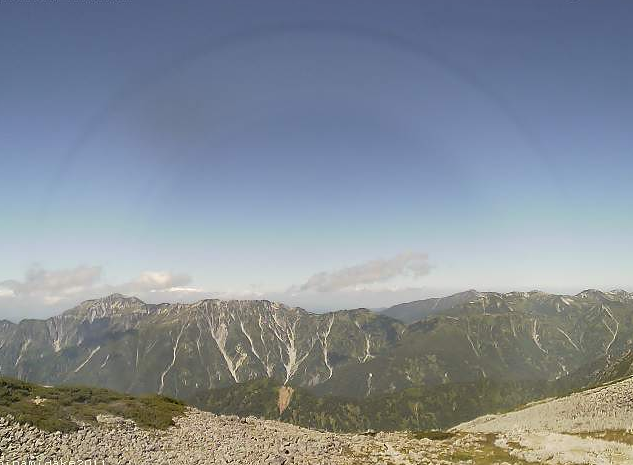南岳小屋ライブカメラは、岐阜県高山市奥飛騨温泉郷の南岳小屋に設置された南岳が見えるライブカメラです。槍ヶ岳山荘グループによるライブ映像配信。