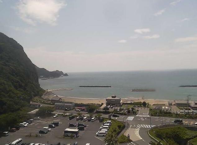 深田海水浴場(クリスタルビーチ)