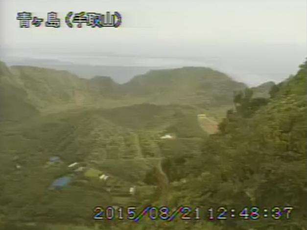 手取山から青ヶ島(丸山)