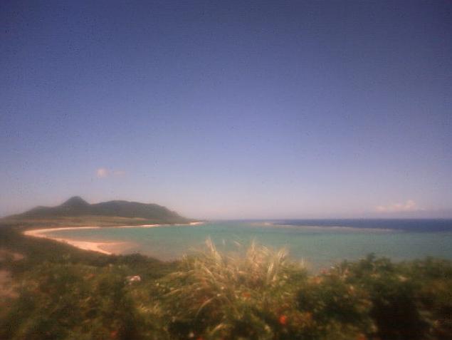玉取崎から石垣島が見えるライブカメラ。
