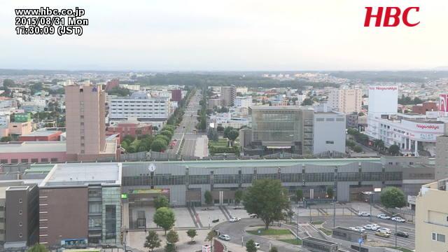 帯広駅前広場・帯広駅前バスターミナル・とかちプラザ方向
